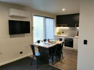Youngtown Executive Apartments - Surfers Paradise Gold Coast