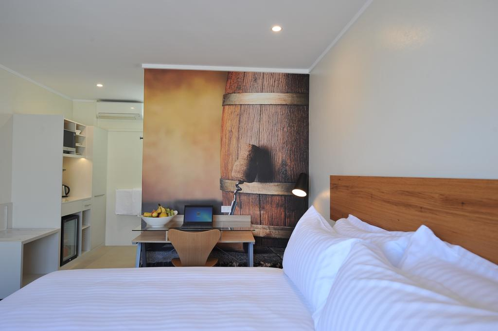 The Griff Motel - Surfers Paradise Gold Coast