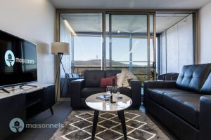 1 Bedroom Apt With Parking Walk to ANU - Surfers Paradise Gold Coast
