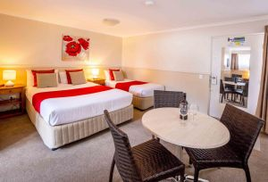 Apple  Grape Motel - Surfers Paradise Gold Coast